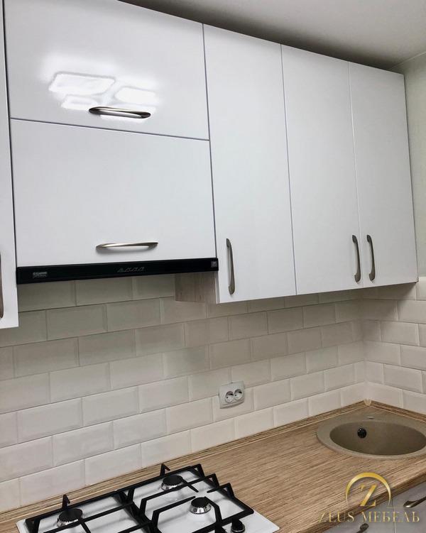 Белая кухня на заказ в Архангельске